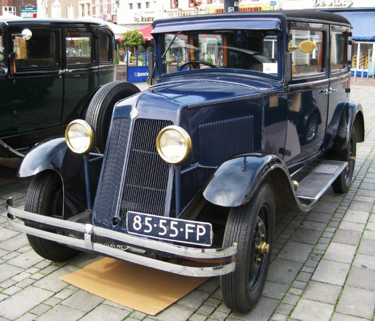 1931 Renault, image 4.
