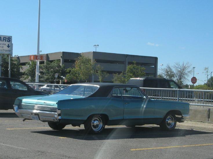 Mid 1960s Pontiac Parisienne