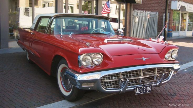 1960 red USA Ford, image 11.
