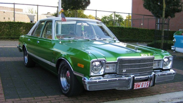 1976 green Plymouth Premier, image 2.