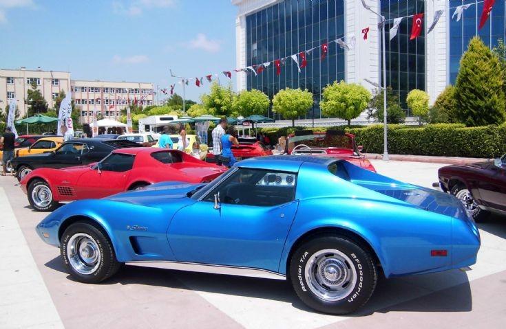 Chevrolet Corvette - Blue 2