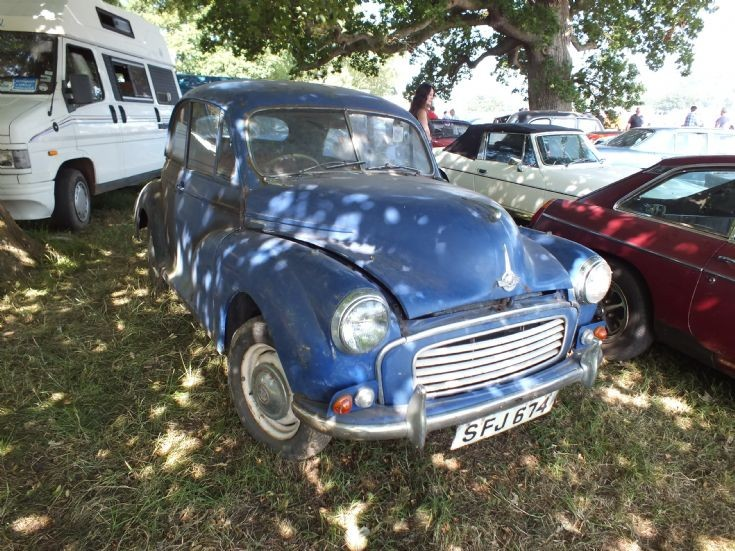 SFJ 674 Morris Minor