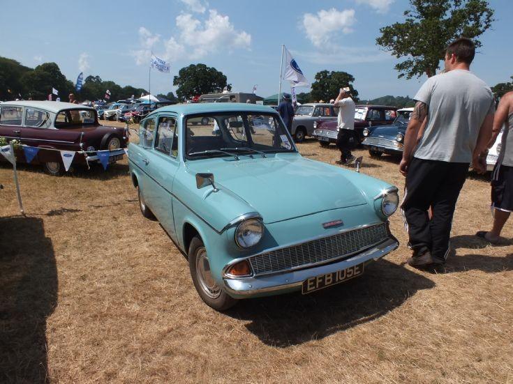 EFB 105E Ford Anglia 105E
