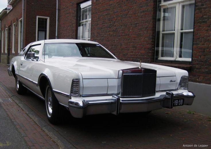 1975 Lincoln.