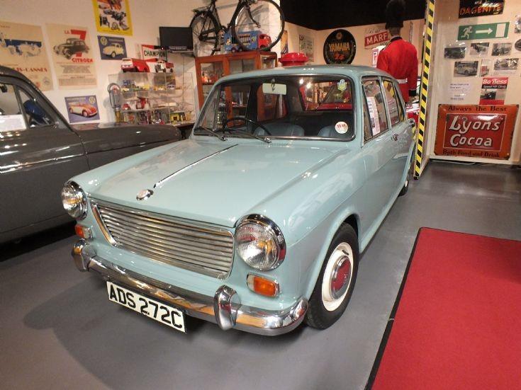 1965 Morris 1100