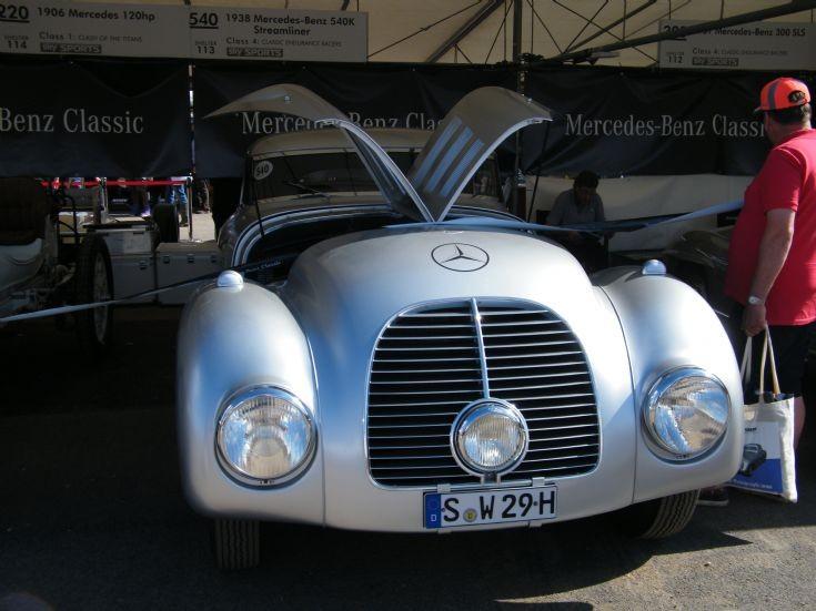 Works Mercedes Benz