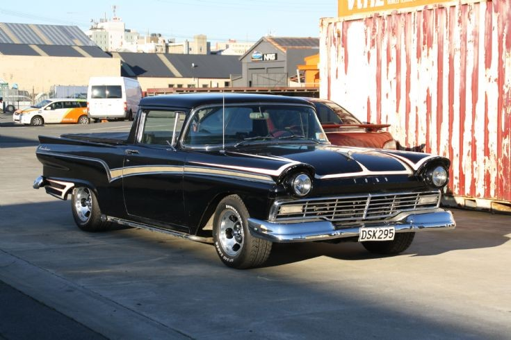 1957 Ford V8