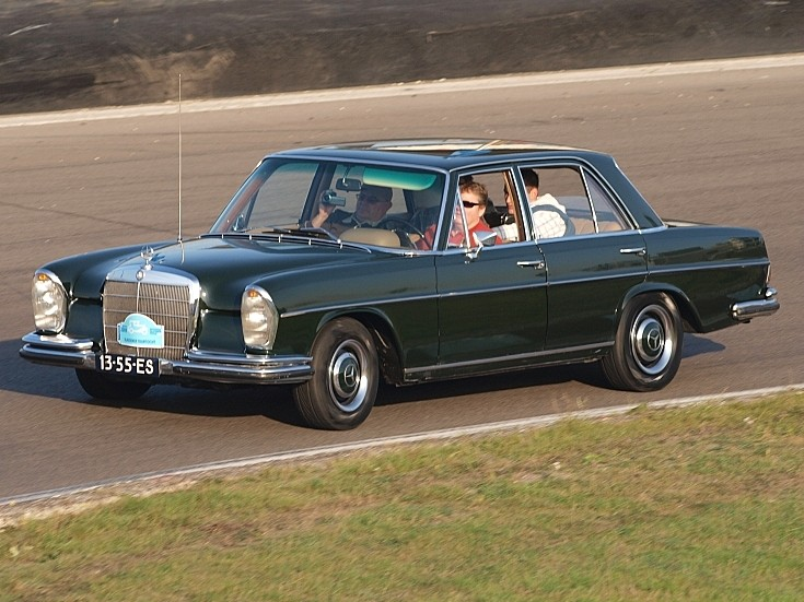 Old Mercedes on the track