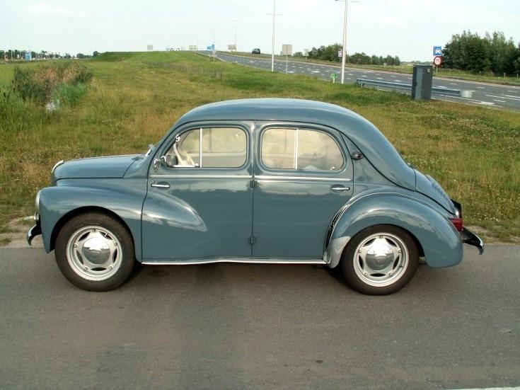 RNUR (Renault) 4 CV