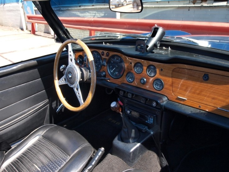 Classic And Vintage Cars Triumph TR6 Interior
