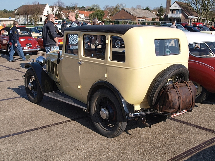 Parked Wolseley WH 1930
