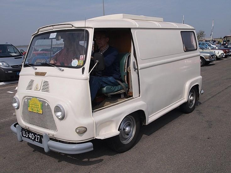 White Renault R 2132 (1964)