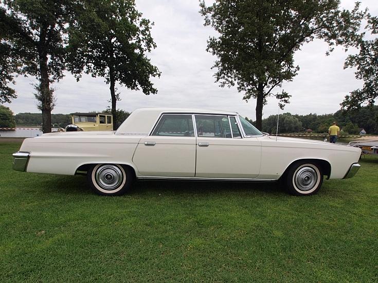 White Chrysler Imperial
