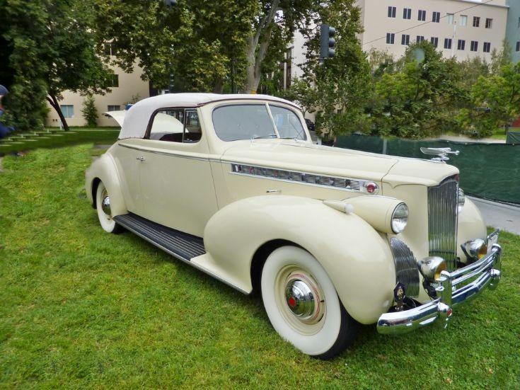 1940 Packard (120 ?)