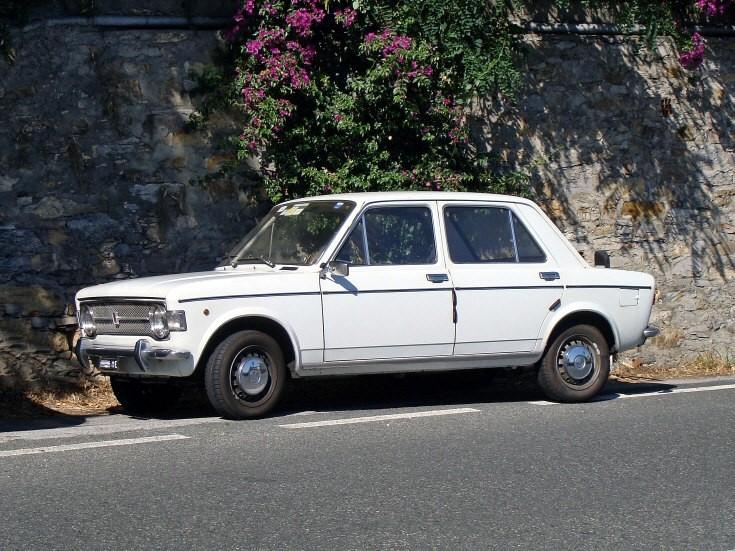 4-door Fiat 128
