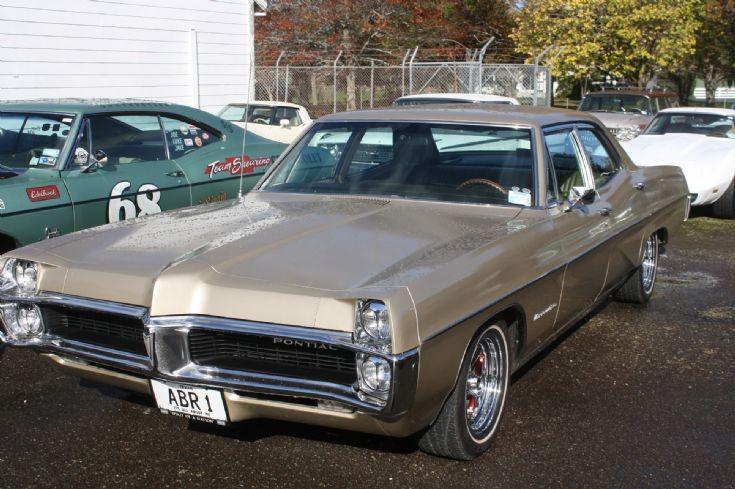 Pontiac sedan