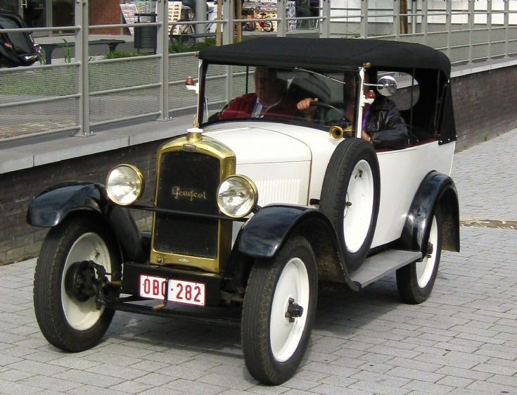 Old Peugeot,