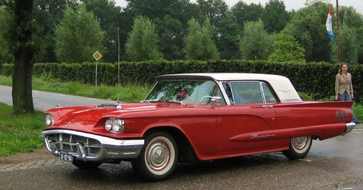 1960 red USA Ford, photo 3