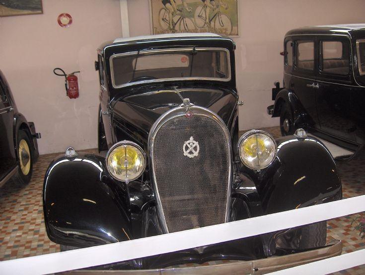 Hotchkiss 411 from 1934 (photo 2)