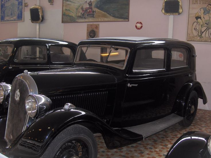 Hotchkiss 1934 in museum (photo 3)