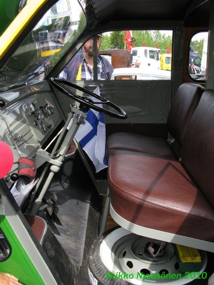 DKW F 800 interior