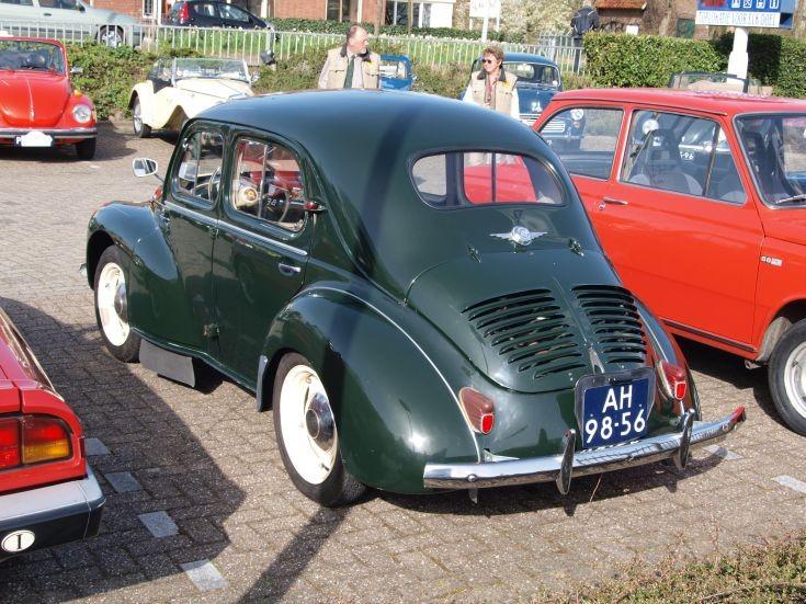Photo of classic Renault