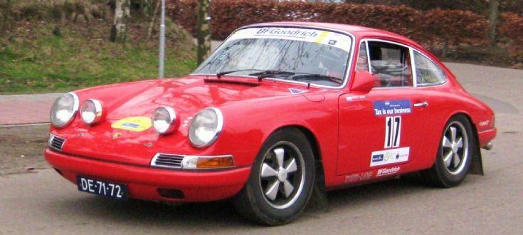 1965 red Porsche 911, image 2.