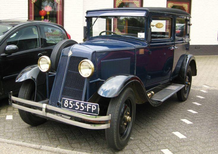 1931 Renault.