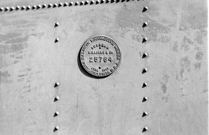 Baldwin works plate on tender of 3313