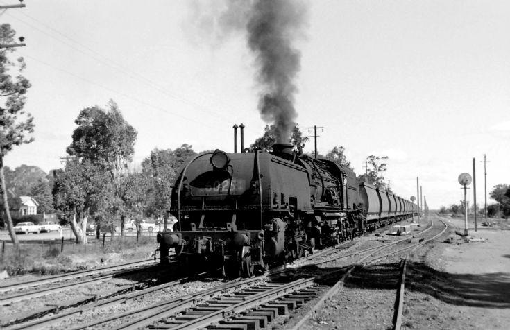 Garrett 6025 with Glenlee coal - 1