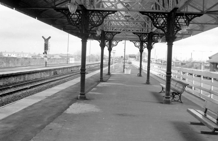 Morpeth station platform - 2
