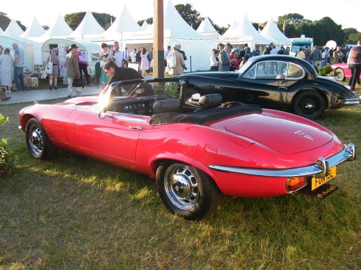 Jaguar V12 E Type