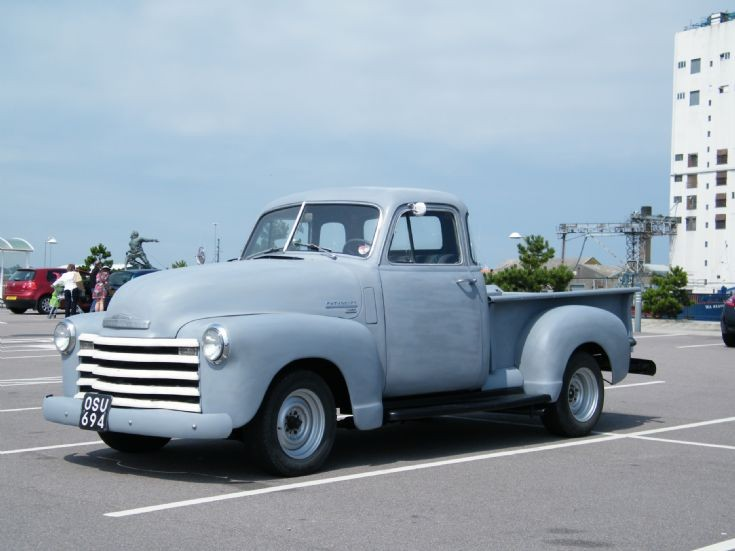 CHEVY  3100  Pick up         OSU 694