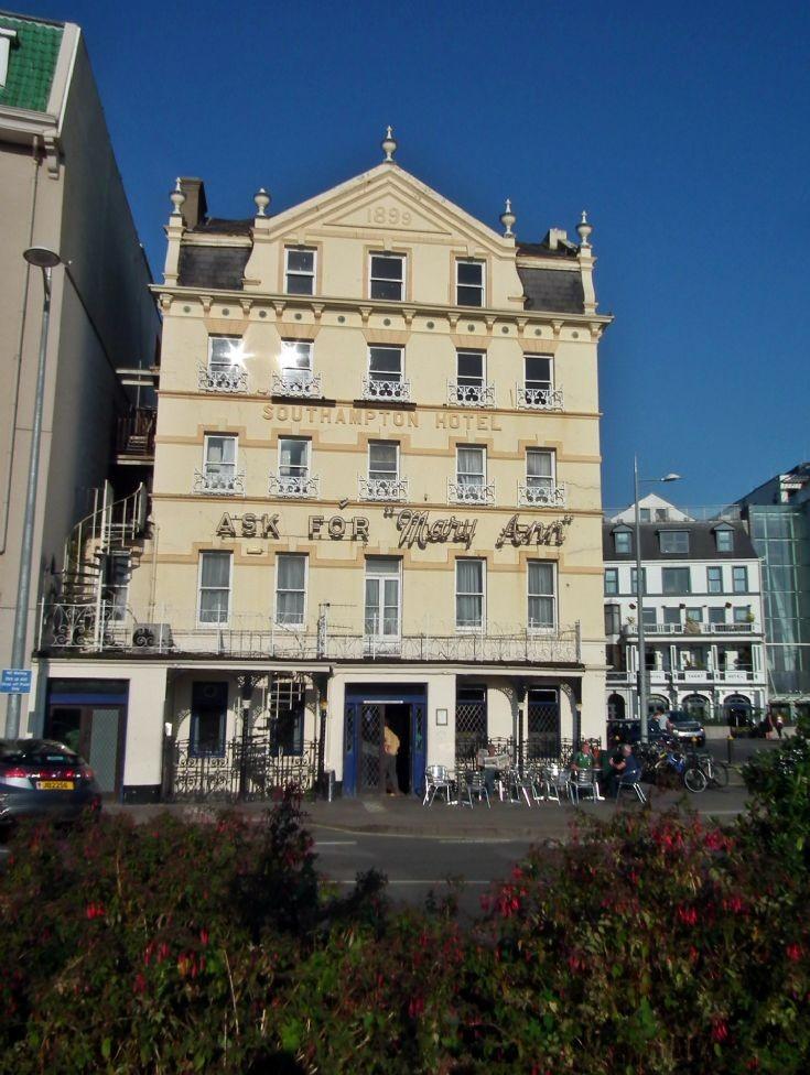 Southampton Hotel - 1899