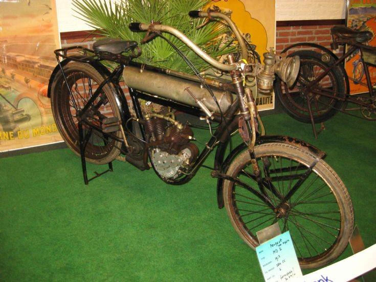 1913 Peugeot in Altweerterheide / Weert ( NL )