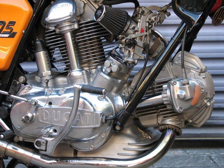 Ducati Round case