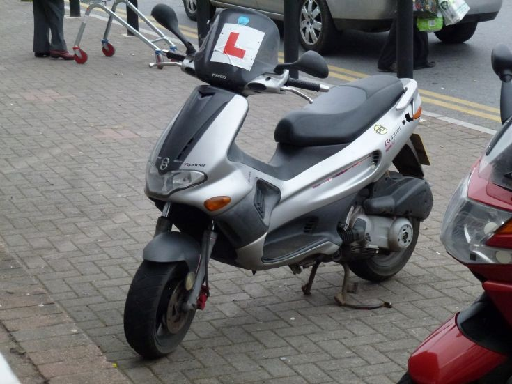 motorcycles - motorbikes - piaggio gilera runner