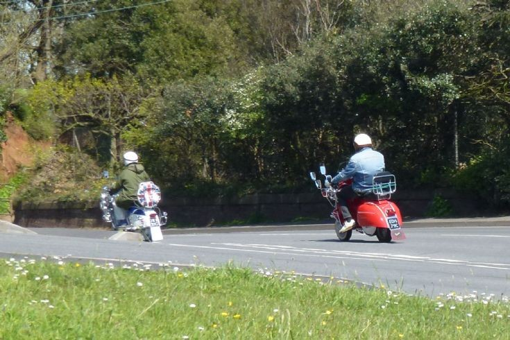 Scooters on the road - Brighton comes to Dawlish!