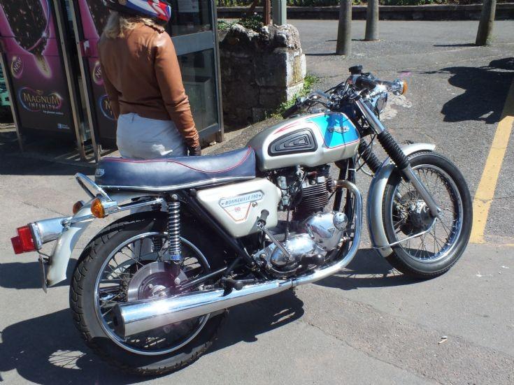 Photo of Triumph Bonneville Silver Jubilee