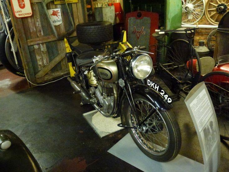 1937 Norton ES2