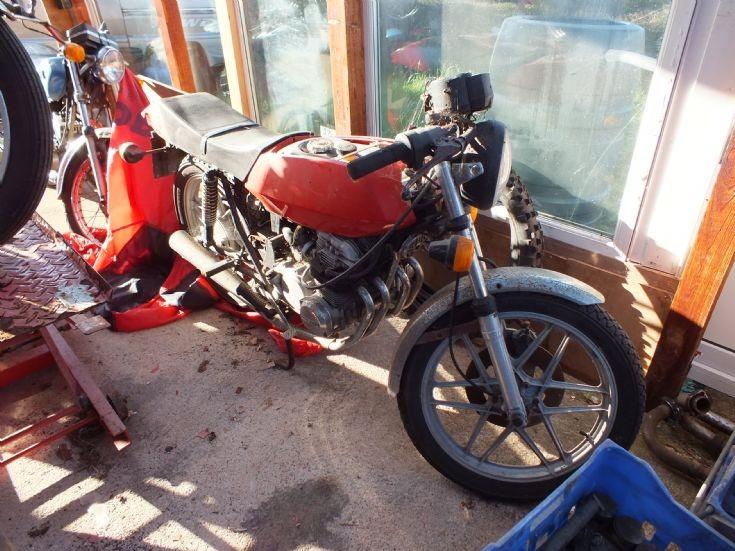 4 cylinder  Moto Guzzi
