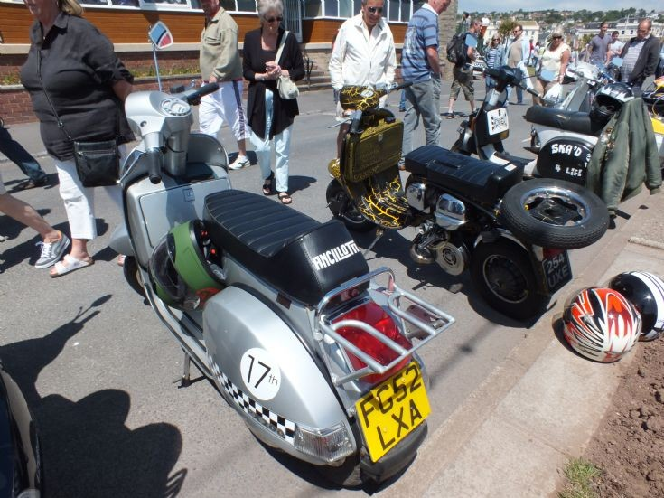 FG52 LXA 198cc Piaggio Vespa