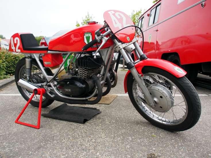 DKW racing No. 42
