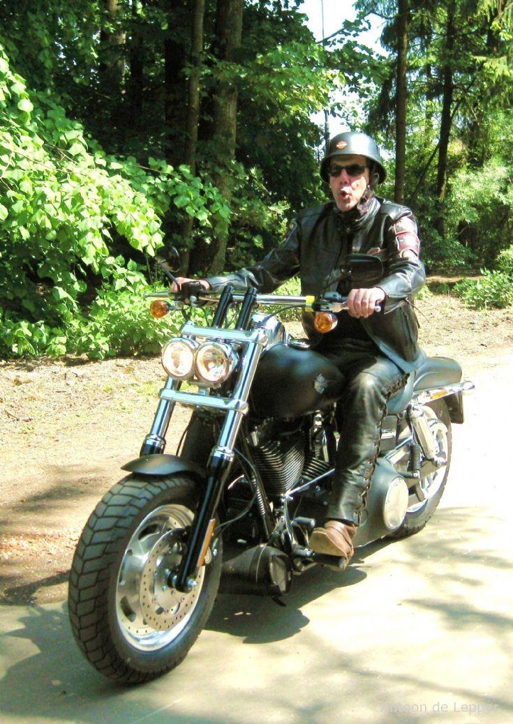 Black Harley Davidson.
