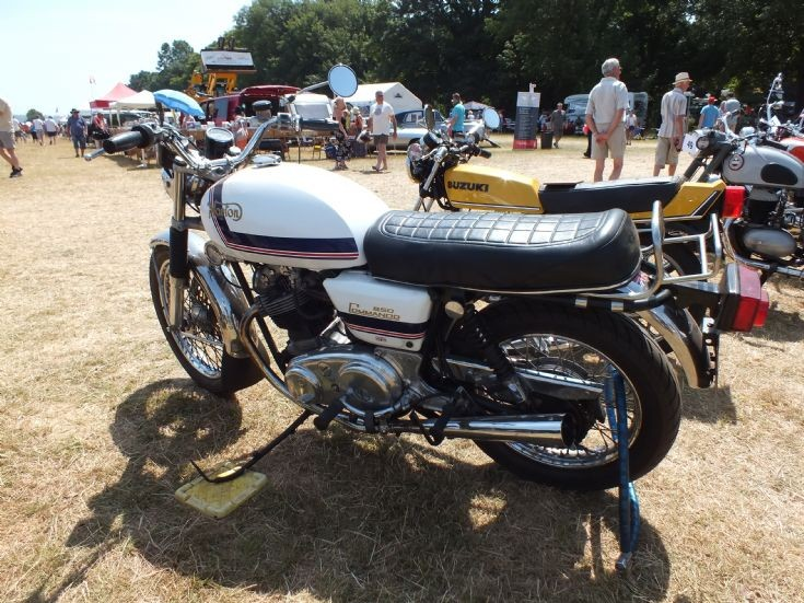 TYD 781 Norton Commando