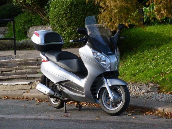 WG10 SXM Honda Swing