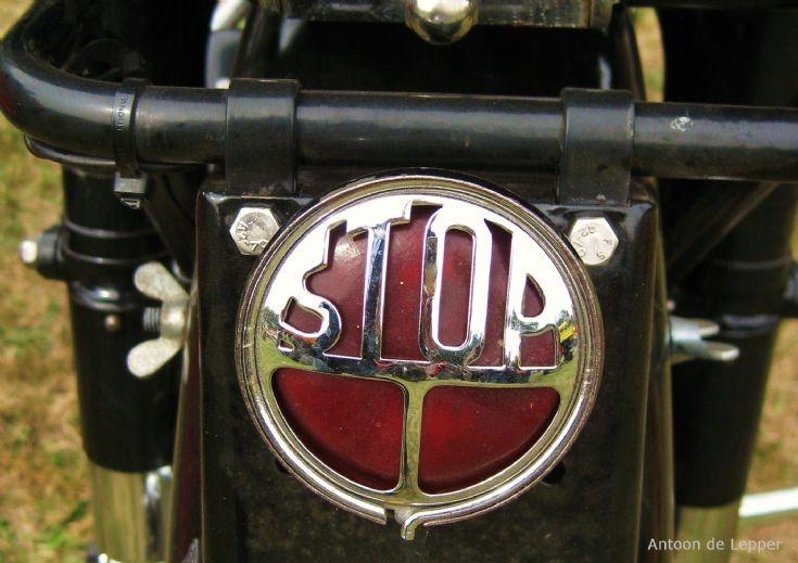 Gillet - Stop