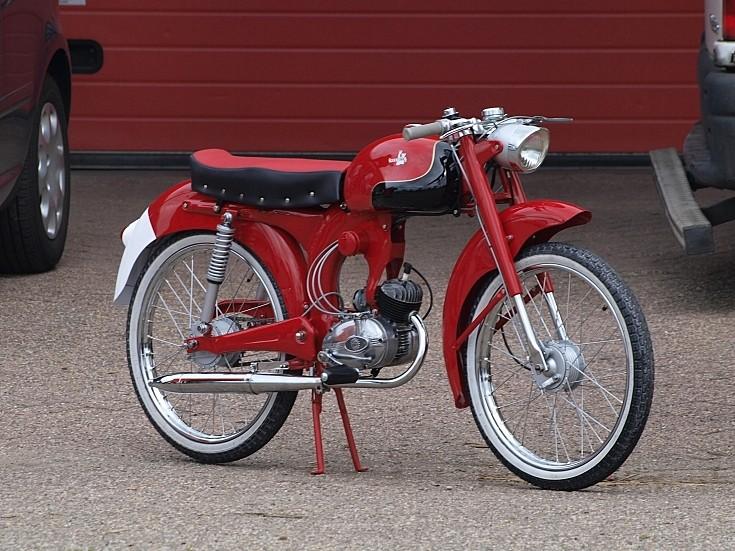 Unidentified restored bike / moped