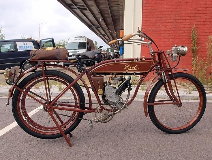 Classic motorcycle SNOB 154CC (1919)