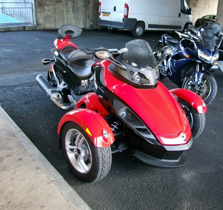 CAN-AM Spyder